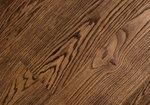 Предоставяне с многообразие на декори с дървен паркет устойчив